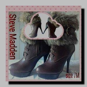 Steve Madden FAUX Fur ankle Boots